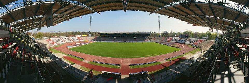 Panoramafoto: Wildparkstadion - Karlsruhe