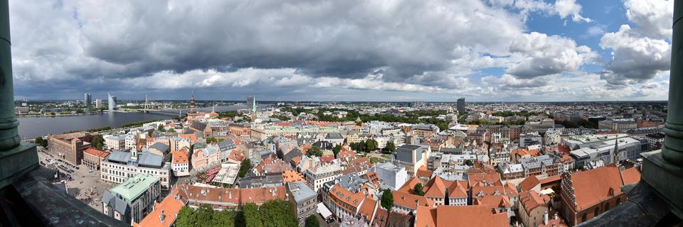 Panoramafoto: Panoramablick von der Petrikirche - Riga